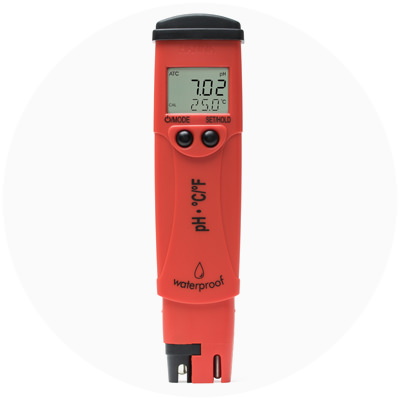 1999 — World's first pH/temperature tester with dual-level LCD